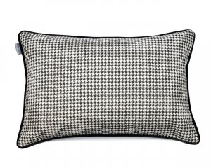 Decorative pillow Check Black