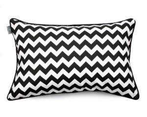 Decorative pillow  Zig Zag Black White (1)